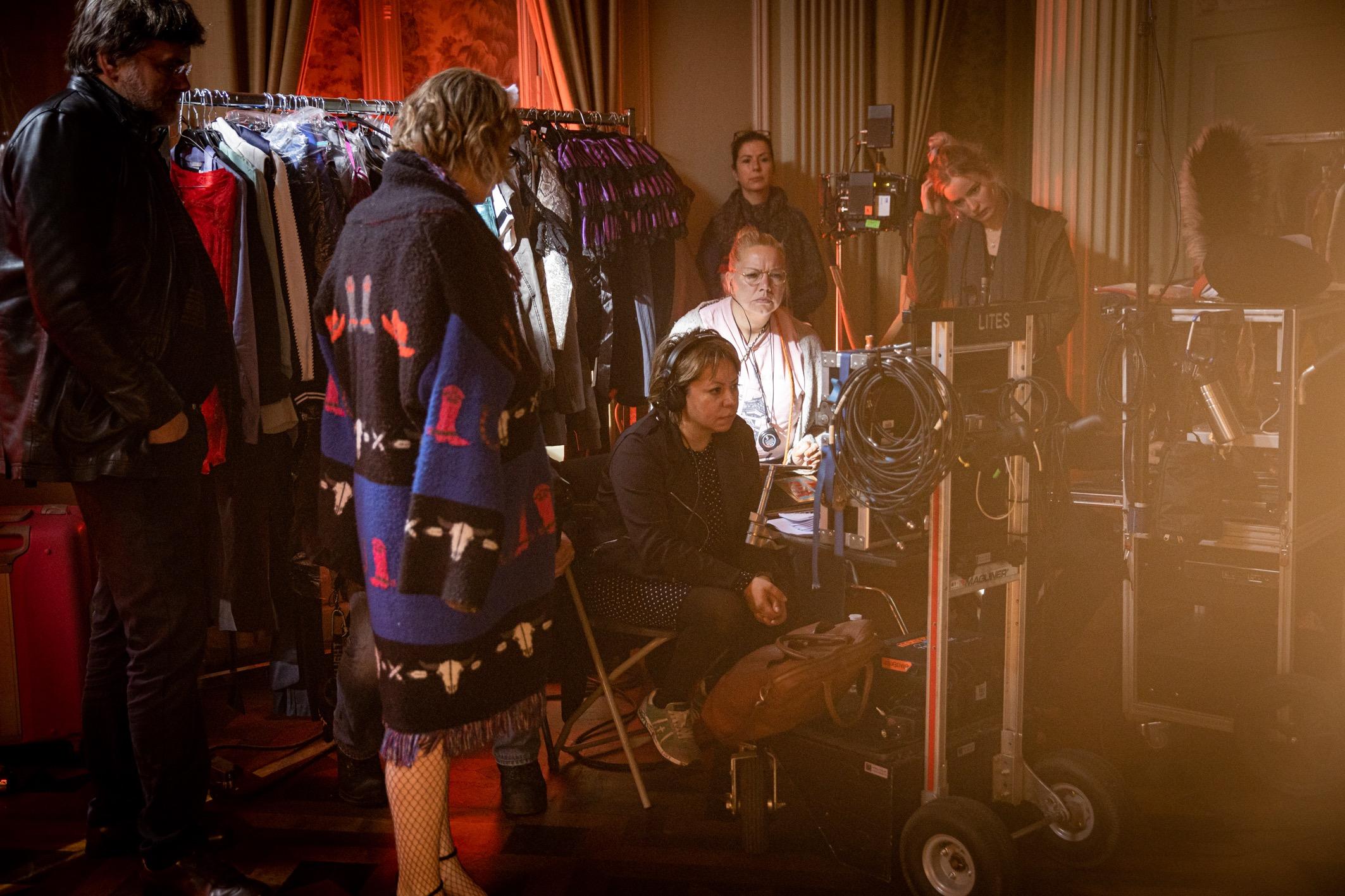 Aslı Özge'nin Karanlık Şehir İsimli Mini Dizisi Berlin Film Festivali'nde!