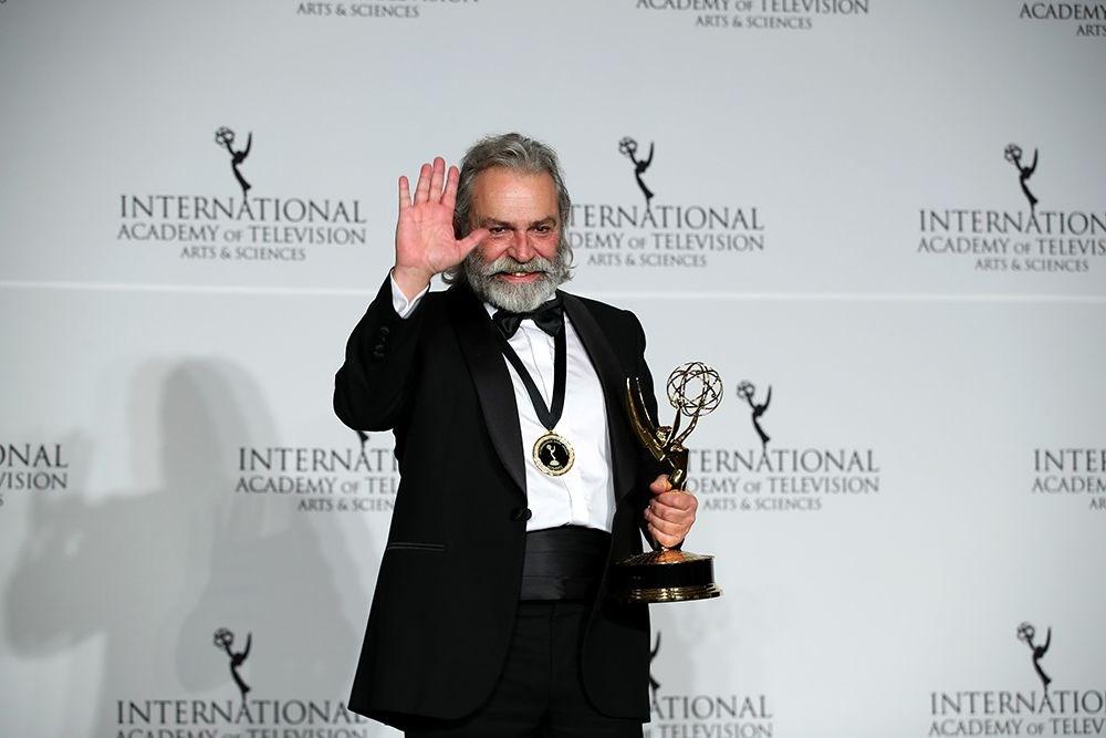 Uluslararası Emmy Ödülleri'nde En İyi Erkek Oyuncu Haluk Bilginer!
